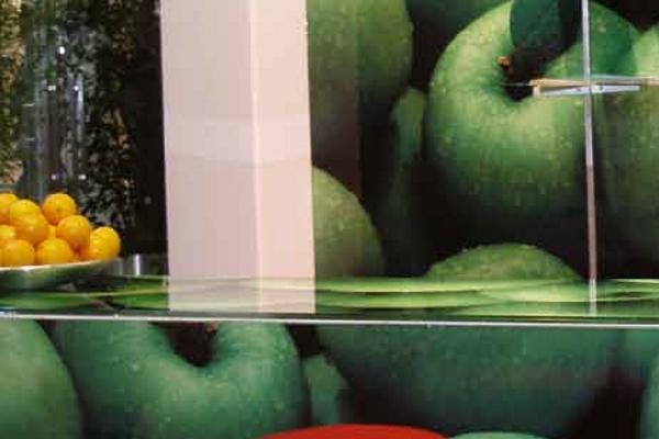 CHROMA-LAM PHOTO